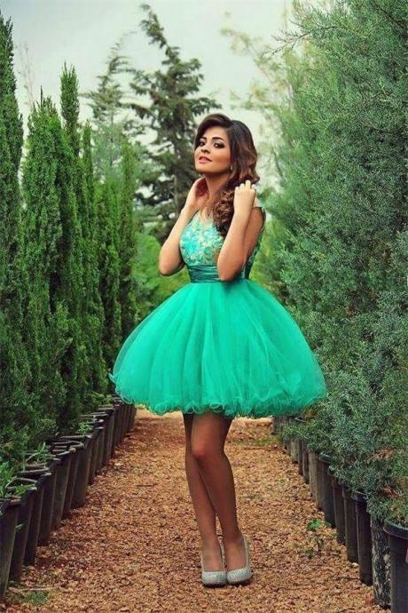 Gorgeous Green Short Tulle Homecoming Cocktail Dresses K335