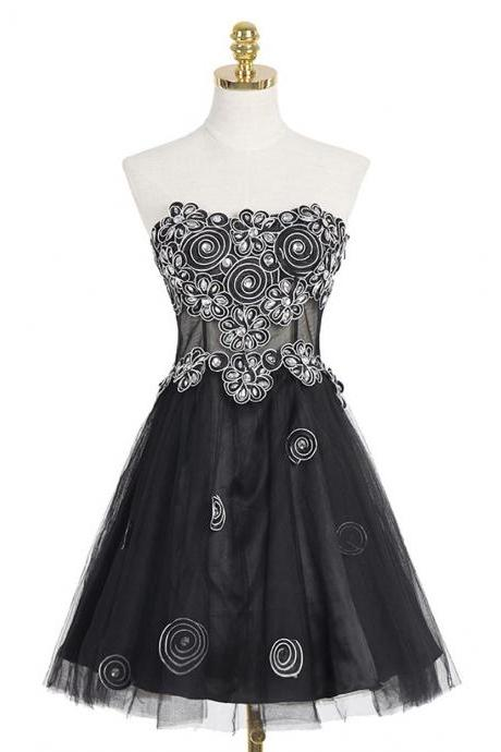 A-line Black Homecoming Dresses,Sweetheart Homecoming Gown,Short Organza Homecoming Dress With Appliques Crystal