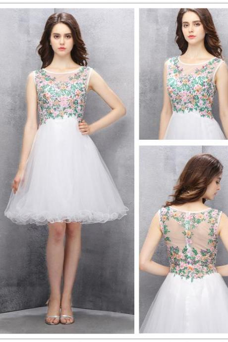 A-line Homecoming Dress,Knee-length White Homecoming Gown,Tulle Homecoming Dress with Beading Embroidery,300140000512