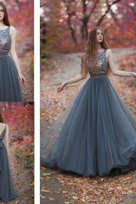 Gorgeous A-line Beads Scoop Tulle Prom Dress Formal Evening Dress