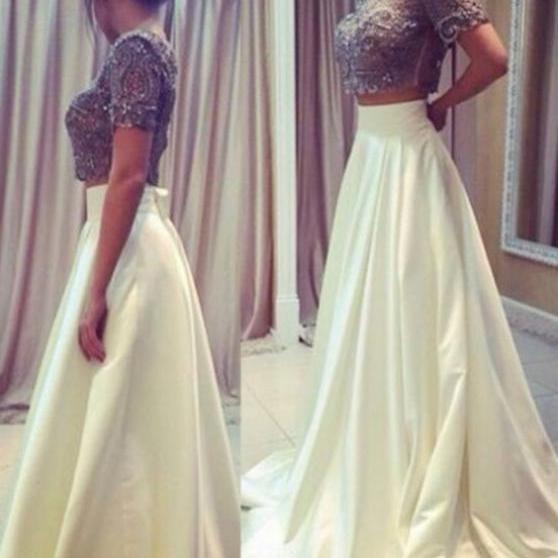 2017 A-line Homecoming Dresses Short Sleeves Jewel Sweep/Brush Train Beading Sale Zipper Dresses
