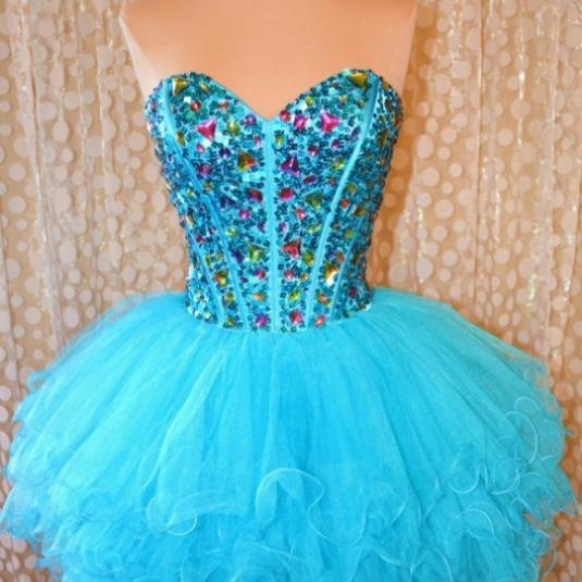 2017 A-line Homecoming Dresses Sleeveless Sweetheart Short/Mini Beading Custom Made Lace Up Dresses