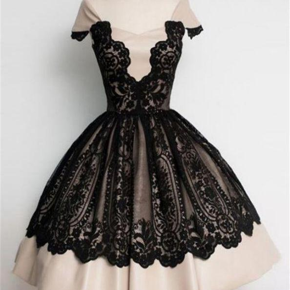 Black Homecoming Dresses Zippers Capped Sleeves Gown Queen Anne Above-Knee Lace/Satin Lace