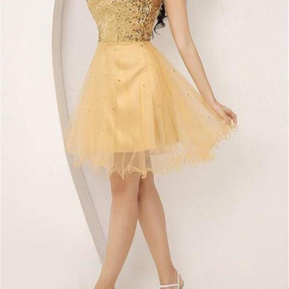 Golden Homecoming Dresses Lace-Up Sleeveless A-Line/Column Sweetheart Neckline Short Crystal Beads Ruffle