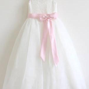 Ivory Lace Tulle Ivory Flower Girl Dress With Pink Sash\/Bows Sleeveless Floor-length OK207