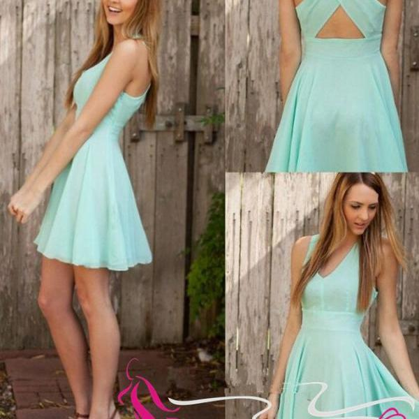 Charming Chiffon V-neck Short Prom Dress Mint Homecoming Dresses For Teens